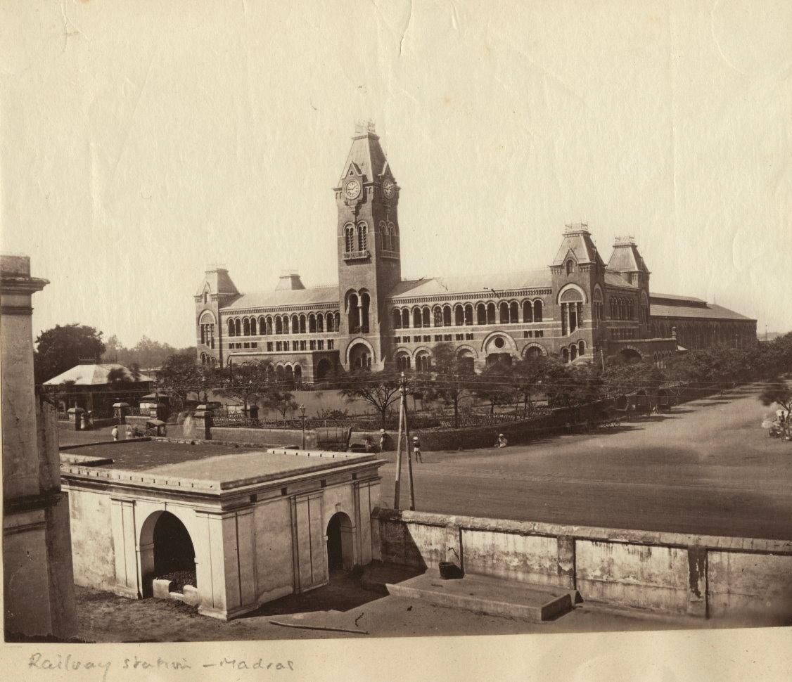 Artnlight Madras Terrace House Chennai: Buildings