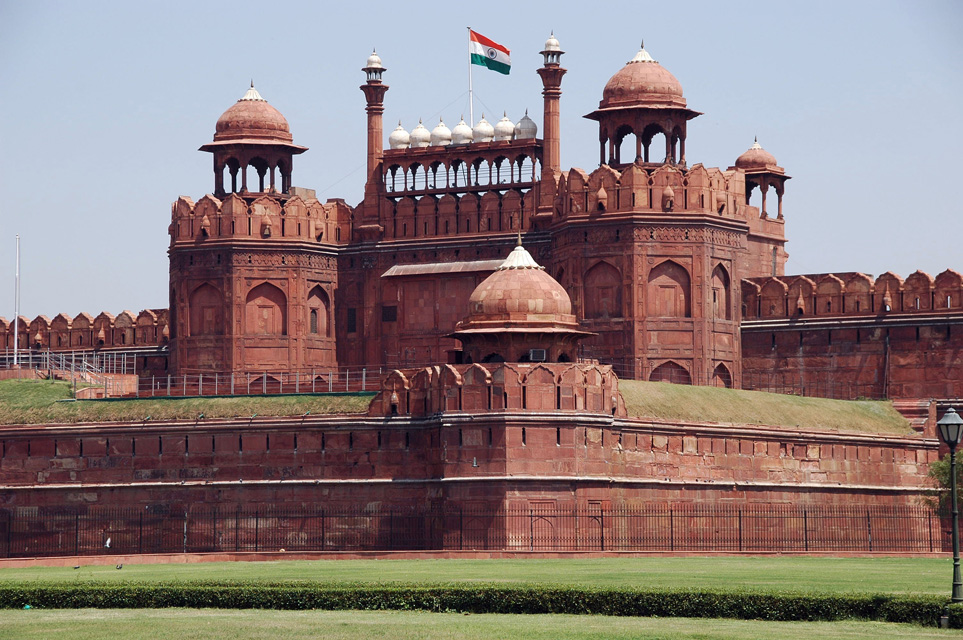 468 Words Essay on Red Fort the pride of Delhi