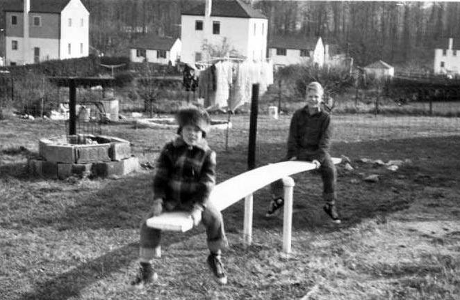 FAMILY HISTORY - DA CRUZ / SCOTT