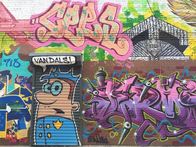 Graffiti vs. Street Art